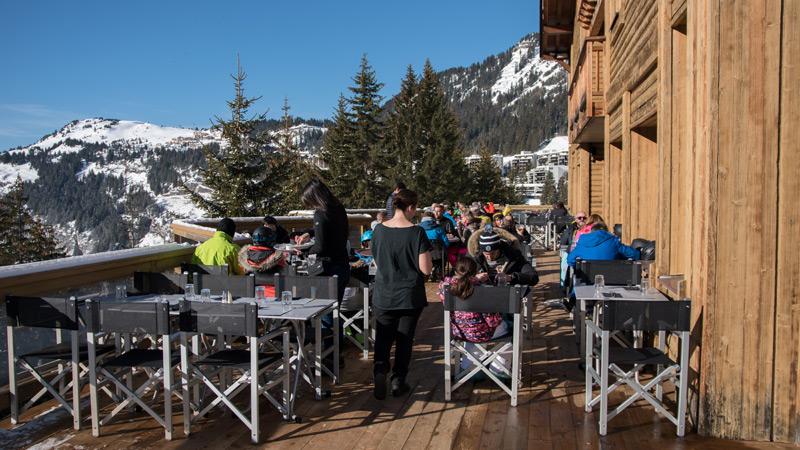 Terrasse solarium - Restaurant-Lapiaz à Flaine